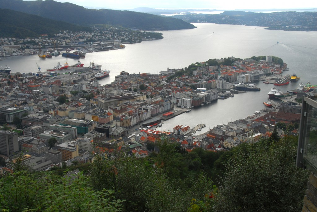 Amazing view of the city center, harbor, mountains and the fjords from top of Mount Fløyen